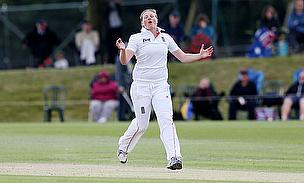 Anya Shrubsole bowls for England