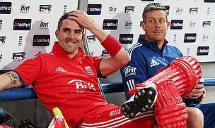 Kevin Pietersen, Ashley Giles