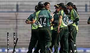 Pakistan Women celebrate