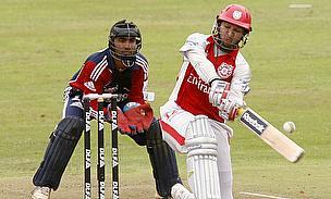 Dinesh Karthik, Yuvraj Singh
