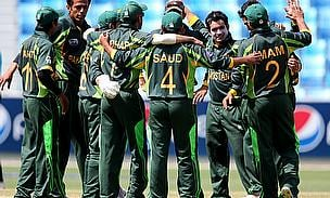 Pakistan players celebrate a wicket