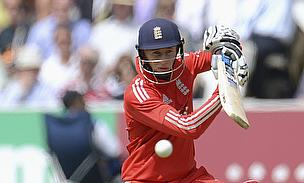 Joe Root plays a shot