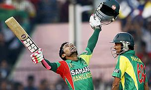 Mushfiqur Rahim celebrates his century