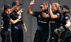 New Zealand celebrate a wicket