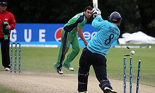 Iain Wardlaw bowled by Stuart Thompson