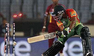 Bangladesh lose a wicket