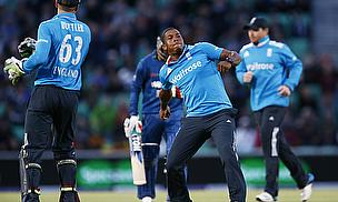 Chris Jordan (centre) celebrates the wicket of Dinesh Chandimal