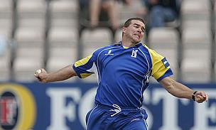 Heath Streak, seen here bowling for Warwickshire, will join up with the Bangladesh squad in June
