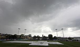 Rain at the Kia Oval