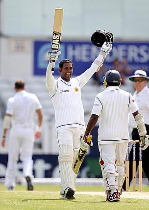 Angelo Mathews celebrates reaching his century