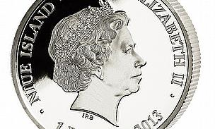 Obverse of a silver coin honouring Tendulkar