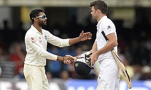 Ravindra Jadeja and James Anderson shake hands