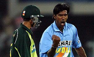 Pakistan v India, 2004