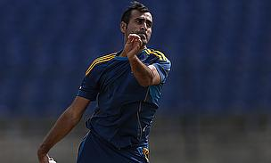 Imran Tahir Replaces Injured Robin Peterson