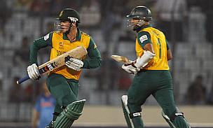 Hashim Amla and Quinton De Kock put South Africa on course with an opening partnership of 116 runs.