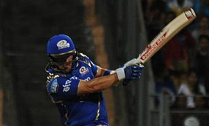 Aaron Finch hits out for Mumbai Indians