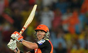 David Warner scored a 28-ball 61 as Sunrisers Hyderabad defeated Chennai Super Kings by 22 runs.