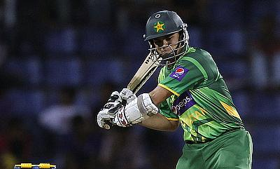 Azhar Ali guides Pakistan to a comfortable win
