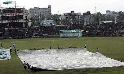 Heavy rain in the morning rules out chances of play in Fatullah