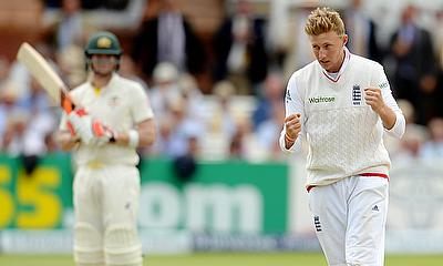 Joe Root celebrates the wicket of Steve Smith at Lord's