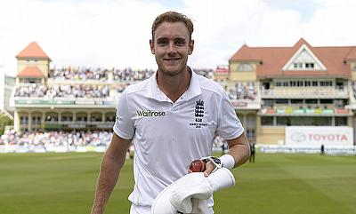 Stuart Broad crosses 300 Test wickets in a career best spell