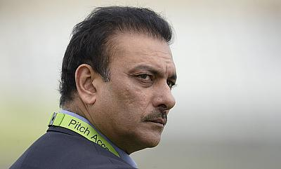 Ravi Shastri will continue to remain as the Indian team director until 2016 World Twenty20.