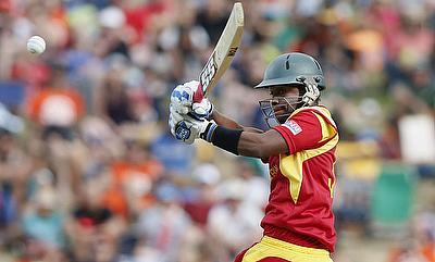 Bad light thwarts Pakistan's fight back as Zimbabwe level series