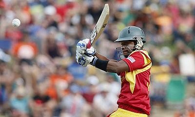 Mutumbami, Chigumbura script thrilling last over win for Zimbabwe
