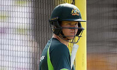 Steven Smith to bat at number four