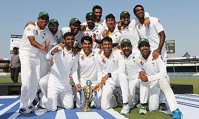 Pakistan celebrate their 2-0 series win over England