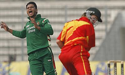 Bangladesh scrapes through to victory against Zimbabwe
