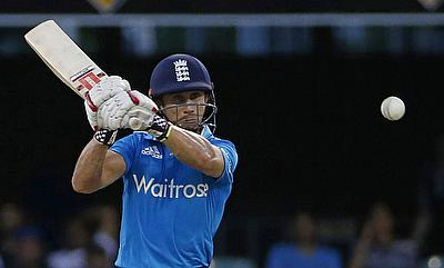 Woakes, Taylor hands England an unassailable lead against Pakistan
