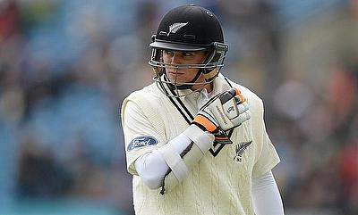 Tom Latham fifty stretches New Zealand lead past 300