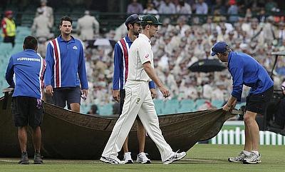 Another day wiped out in Sydney Test by rain