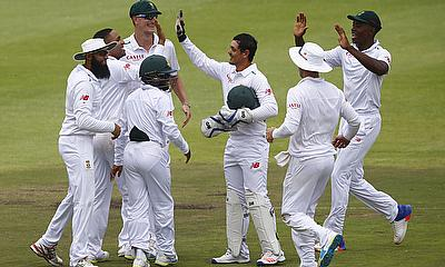 England survive South Africa scare on final day