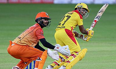 Mahela Jayawardene (right) scored 69 runs from 47 deliveries for Sagittarius Strikers.