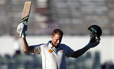 Voges, Khawaja centuries extend Australia lead to 280
