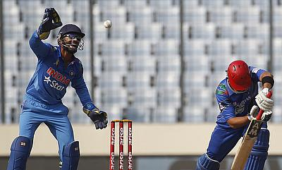 Afghanistan clinch thrilling three-wicket win over Oman