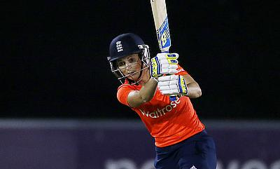 Edwards leads from the front as England Women cruise to victory