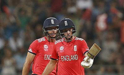 Joe Root and Jos Buttler at the crease