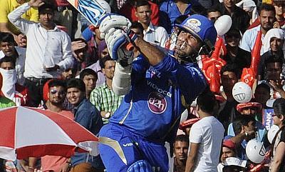 Parthiv, Rayudu ensure comfortable win for Mumbai Indians