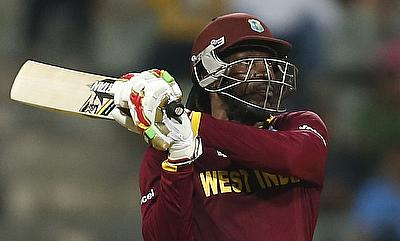 Melbourne Renegades open to re-sign Chris Gayle