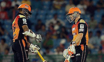 Pacers derail Mumbai Indians after Shikhar Dhawan blitz