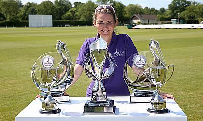 England's Charlotte Edwards retires from international cricket