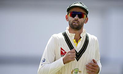 Nathan Lyon turns to Muttiah Muralitharan for assistance