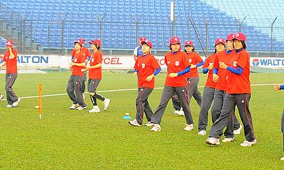 Japan Women warm up