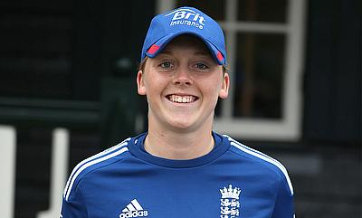 Heather Knight scored a fifty and picked a five-wicket haul.