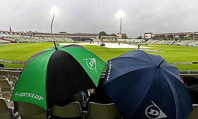 Play was abandoned at Edgbaston meaning Warwickshire's game at Nottinghamshire was drawn