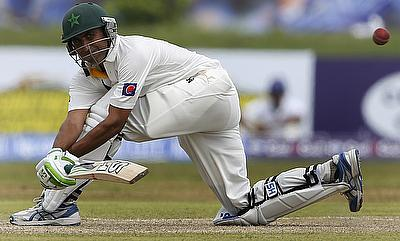 Younis Khan underpins Pakistan batting display against Somerset
