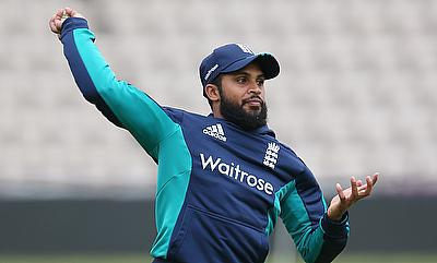 Trevor Bayliss mulling two spinners for second Test